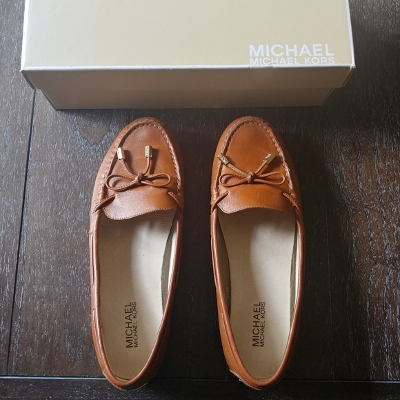Nwb Micheal Kors Moccasins